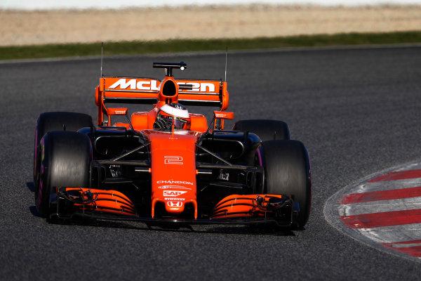 Circuit de Barcelona Catalunya, Barcelona, Spain. Tuesday 07 March 2017. Stoffel Vandoorne, McLaren MCL32 Honda. World Copyright: Glenn Dunbar/LAT Images ref: Digital Image _31I5295