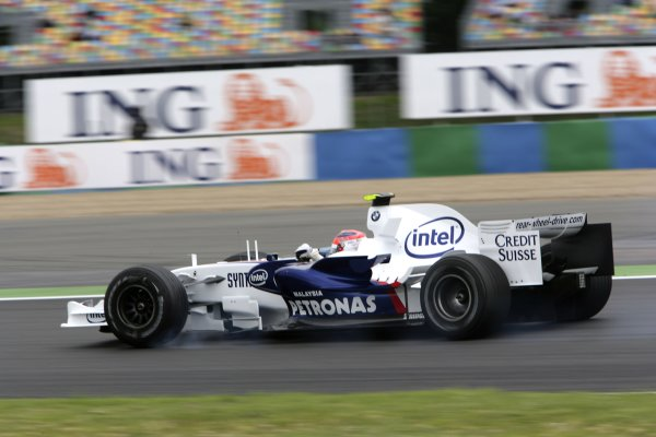 2007 French Grand Prix - Friday PracticeCircuit de Nevers Magny Cours, Nevers, France.29th June 2007.Robert Kubica, BMW Sauber F1 07. Action. World Copyright: Andrew Ferraro/LAT Photographicref: Digital Image VY9E1767