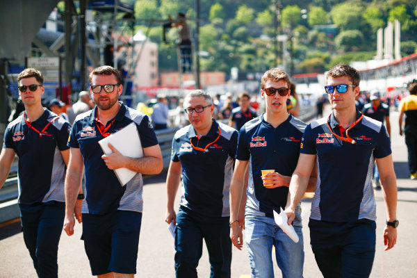 Monte Carlo, Monaco. Wednesday 24 May 2017. Daniil Kvyat, Toro Rosso, in the pits. World Copyright: Sam Bloxham/LAT Images ref: Digital Image _J6I9731