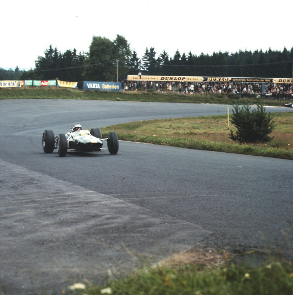 Nurburgring, Germany.30/7-1/8 1965.Jim Clark (Lotus 33 Climax) 1st position.Ref-3/1812.World Copyright - LAT Photographic