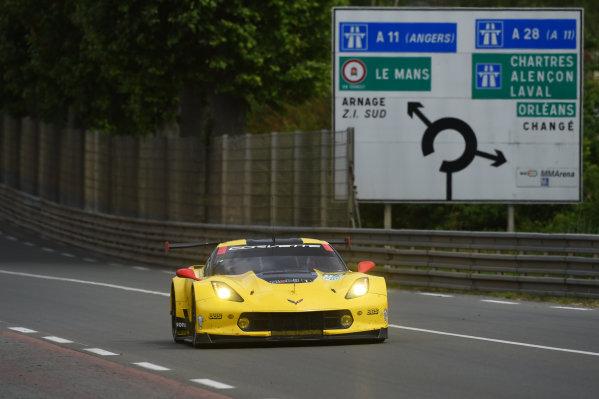 2017 Le Mans 24 Hours test day. Circuit de la Sarthe, Le Mans, France. Sunday 4 June 2017 #64 Corvette Racing Corvette C7.R: Oliver Gavin, Tommy Milner, Marcel Fassler World Copyright: Rainier Ehrhardt/LAT Images ref: Digital Image 24LM-testday-re-2192