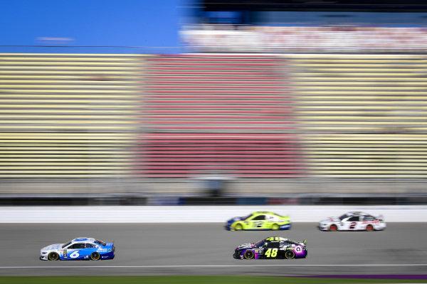 #6: Ryan Newman, Roush Fenway Racing, Ford Mustang Wyndham Rewards, #48: Jimmie Johnson, Hendrick Motorsports, Chevrolet Camaro Ally, #12: Ryan Blaney, Team Penske, Ford Mustang Menards/Moen, #2: Brad Keselowski, Team Penske, Ford Mustang Discount Tire