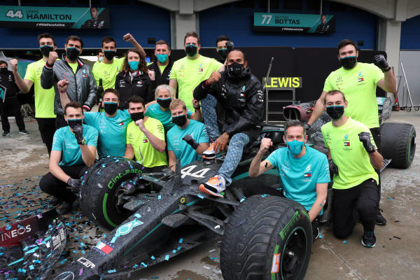 Lewis Hamilton, Mercedes-AMG Petronas F1, celebrates with his team after securing his 7th world championship title