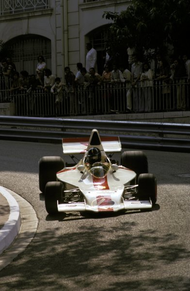 Graham Hill (GBR) Shadow DN1 retired on lap 63 with a damaged suspension.