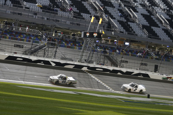 #98: Christian Eckes, ThorSport Racing, Toyota Tundra, #2: Sheldon Creed, GMS Racing, Chevrolet Silverado