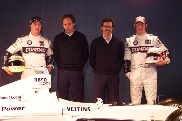 BMW Williams F1 Team Launch 2000.Barcelona, Spain. 24th January 2000.Ralf Schumacher, Gerhard Berger and Jenson Button at the launch of the WilliamsF1 BMW FW22.World - LAT Photographic
