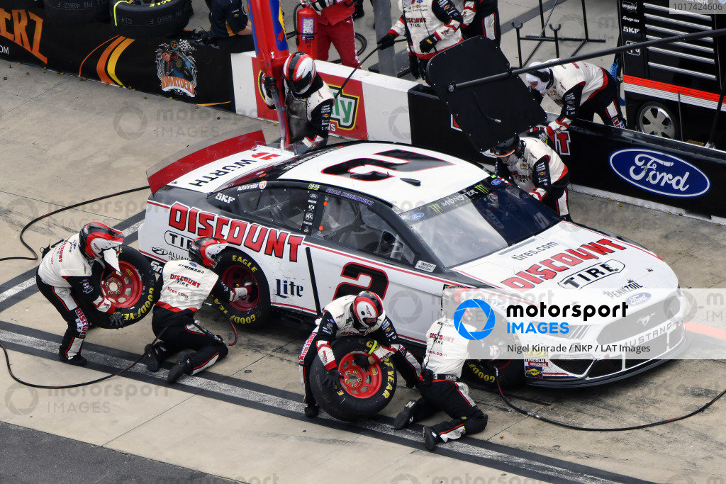 #2: Brad Keselowski, Team Penske, Ford Discount Tire