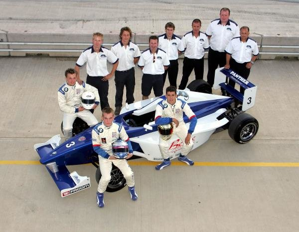 2004 Panther Motorsport team shot.