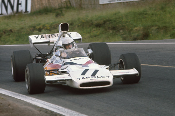 1972 French Grand Prix.  Clermont-Ferrand, France. 30th June - 2nd July 1972.  Brian Redman, McLaren M19A Ford.  Ref: 72FRA46. World Copyright: LAT Photographic