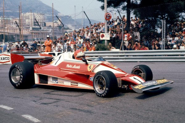 1976 Formula 1 World ChampionshipMonaco Grand Prix, Monte Carlo, 27th - 30th May 1976Niki Lauda (Ferrari 312 T2). World Copyright: LAT Photographic.ref: 35mm Transparency.