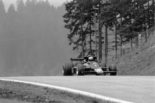 1976 German Grand Prix.Nurburgring, Germany. 1 August 1976.Mario Andretti (Lotus 77-Ford Cosworth). Ref-8985 #11A.World Copyright - LAT Photographic
