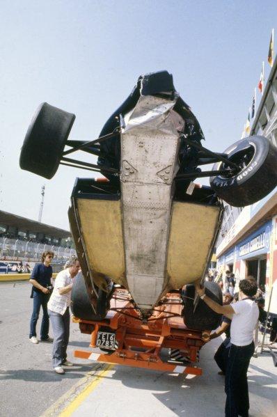 1980 Italian Grand Prix.Imola, Italy. 12-14 September 1980.A crashed Lotus 81-Ford Cosworth showing underbody aerodynamics. Crash, accident.World Copyright: LAT PhotographicRef: 35mm transparency 80ITA03