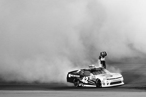 NASCAR XFINITY Series VisitMyrtleBeach.com 300 Kentucky Speedway Sparta, KY USA Saturday 23 September 2017 Tyler Reddick, BBR/Jason Aldean Chevrolet Camaro celebrates World Copyright: Barry Cantrell LAT Images