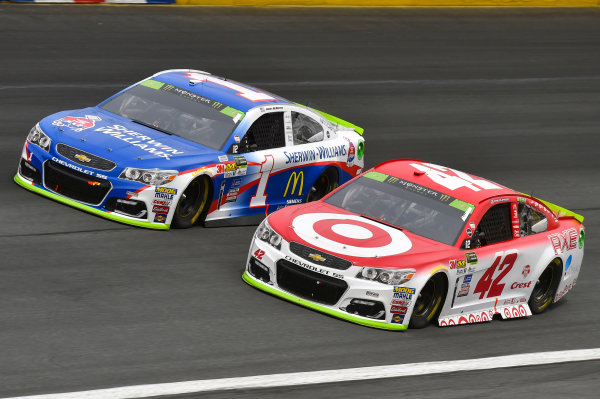 Monster Energy NASCAR Cup Series Bank of America 500 Charlotte Motor Speedway, Concord, NC USA Sunday 8 October 2017 Kyle Larson, Chip Ganassi Racing, Target Chevrolet SS and Jamie McMurray, Chip Ganassi Racing, Sherwin-Williams Chevrolet SS World Copyright: Nigel Kinrade LAT Images