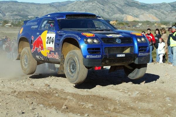Jutta Kleinschmidt (GER) / Fabrizia Pons (ITA) VW Toureg.Dakar Rally, Stage 3, Castell'n to Tanger, 3 January 2004.DIGITAL IMAGE