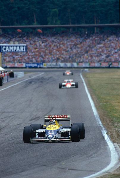 1986 German Grand Prix.Hockenheim, Germany.25-27 July 1986.Nelson Piquet (Williams FW11 Honda) 1st position.Ref-86 GER 34.World Copyright - LAT Photographic
