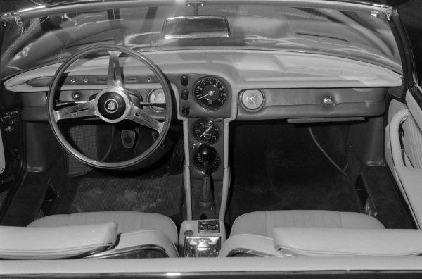 Bertone Porsche 911 Spider interior