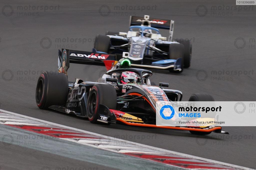 Winner Syo Tsuboi ( #39 JMS P.MU/CERUMO・INGING, Dallara SF19 Toyota )