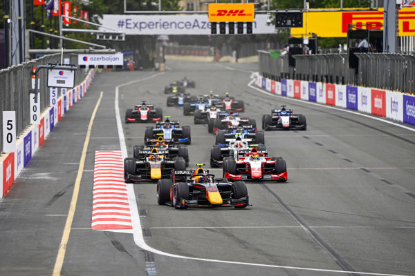 Juri Vips (EST, Hitech Grand Prix), Liam Lawson (NZL, Hitech Grand Prix) and Oscar Piastri (AUS, Prema Racing)