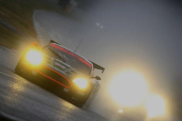 Tomas Enge (CZE) / Andrea Piccini (ITA) / Darren Turner (GBR) Aston Martin Racing Aston Martin DBR9. Le Mans 24 Hours Qualifying, Le Mans, France, 14-15 June 2006. DIGITAL IMAGE