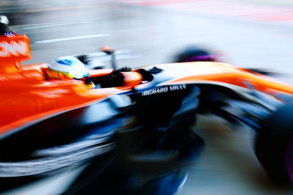 Yas Marina Circuit, Abu Dhabi, United Arab Emirates. Friday 24 November 2017. Fernando Alonso, McLaren MCL32 Honda. World Copyright: Steven Tee/LAT Images  ref: Digital Image _O3I1077