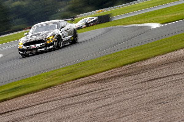 #61 Matt Cowley / Will Moore - Academy Motorsport Ford Mustang GT4