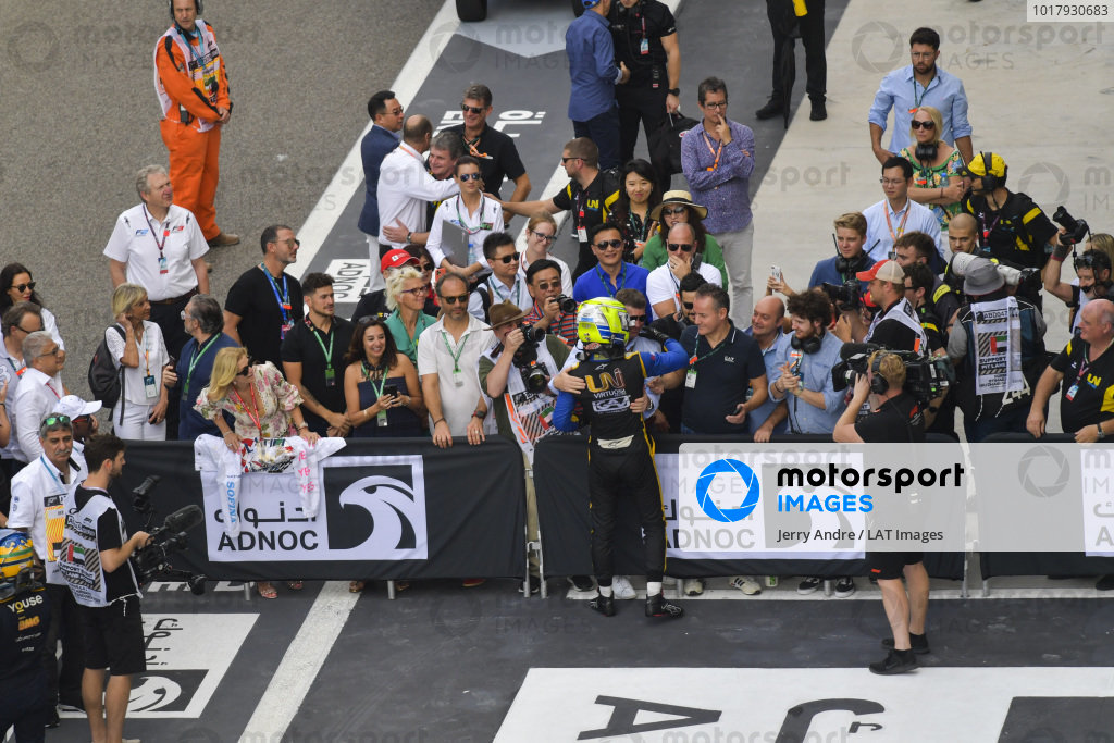 Luca Ghiotto (ITA, UNI VIRTUOSI), celebrates victory in parc ferme with his driver manager