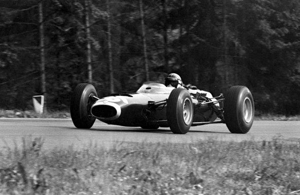 1966 Belgian Grand Prix.Spa-Francorchamps, Belgium.10-12 June 1966.Jackie Stewart (BRM P261).Ref-347B.World Copyright - LAT Photographic