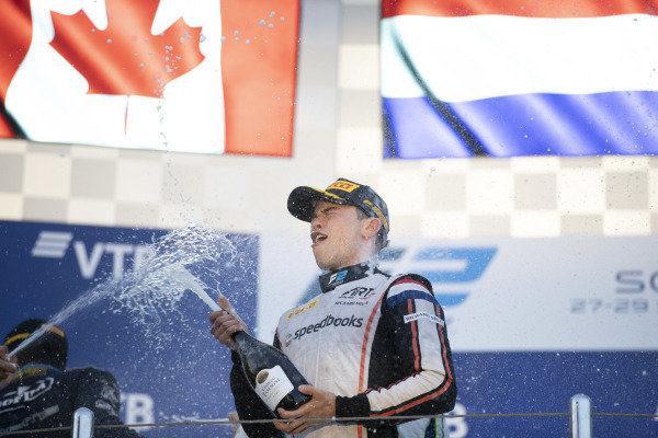 SOCHI AUTODROM, RUSSIAN FEDERATION - SEPTEMBER 28: Nyck De Vries (NLD, ART GRAND PRIX) celebrates on the podium after winning the championship during the Sochi at Sochi Autodrom on September 28, 2019 in Sochi Autodrom, Russian Federation. (Photo by Glenn Dunbar / LAT Images / FIA F2 Championship)
