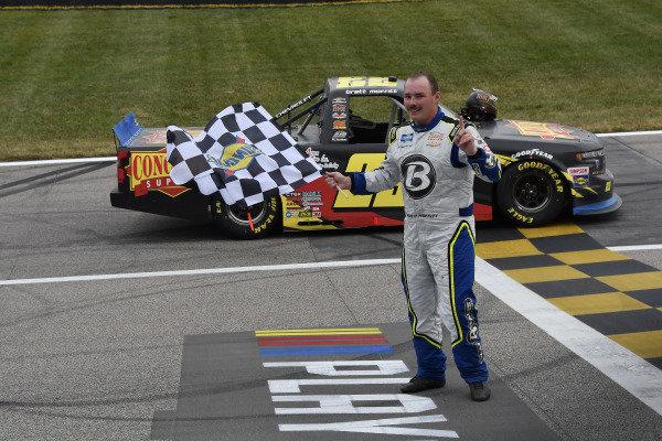 #23: Brett Moffitt, GMS Racing, Chevrolet Silverado Concrete Supply celebrates his win