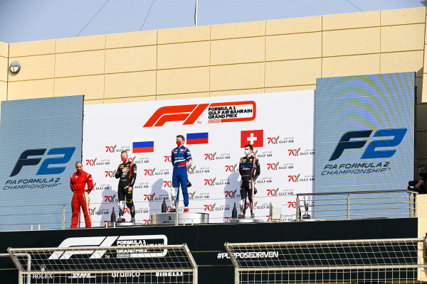 Winning Constructor Representative, Nikita Mazepin (RUS, HITECH GRAND PRIX), Race Winner Robert Shwartzman (RUS, PREMA RACING) and Louis Deletraz (CHE, CHAROUZ RACING SYSTEM) on the podium
