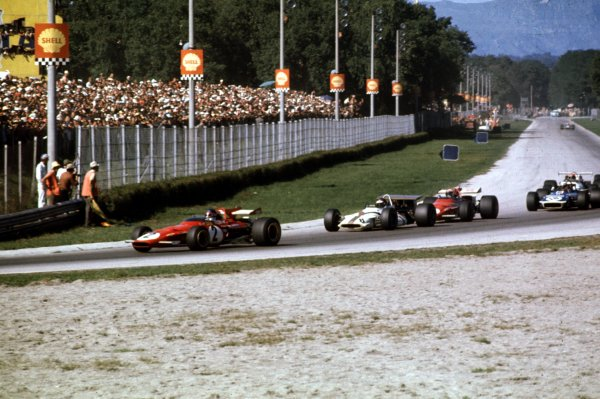 1970 Italian Grand Prix.Monza, Italy.4-6 September 1970.Jacky Ickx (Ferrari 312B) leads Jackie Oliver (BRM P153), Clay Regazzoni (Ferrari 312B) and Jackie Stewart (Tyrrell 001 Ford) into Parabolica. Regazzoni and Stewart finished 1st and 2nd respectively.World Copyright - LAT Photographic