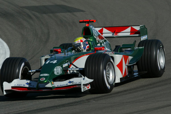 2004 European Grand Prix-Qualifying,Nurburgring, Germany.29th May 2004Mark Webber, Jaguar R5, action.World copyright: LAT Photographicref: Digital image only (a high res version is available on request)Eur_04_Sat_D014