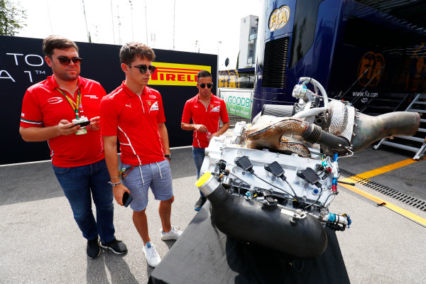 Autodromo Nazionale di Monza, Italy. Thursday 31 August 2017 Charles Leclerc (MCO, PREMA Racing), and Antonio Fuoco (ITA, PREMA Racing), study the new F2 engine. Photo: Sam Bloxham/FIA Formula 2 ref: Digital Image _W6I1961