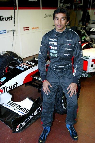 Narain Karthikeyan (IND) tests for the Minardi Team.Formula One Testing , 12 December 2003 , Vallelunga , Italy .DIGITAL IMAGE