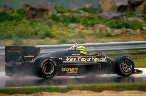 Estoril, Portugal.19-21 April 1985.Ayrton Senna (Lotus 97T Renault) 1st position.Ref-85 POR 03.World Copyright - LAT Photographic