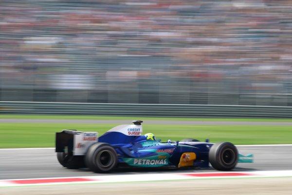 2005 Italian Grand Prix - Friday Practice,Monza, Italy. 2nd September 2005 Felipe Massa, Sauber Petronas C24, action.World Copyright: Steve Etherington/LAT Photographic ref: 48mb Hi Res Digital Image