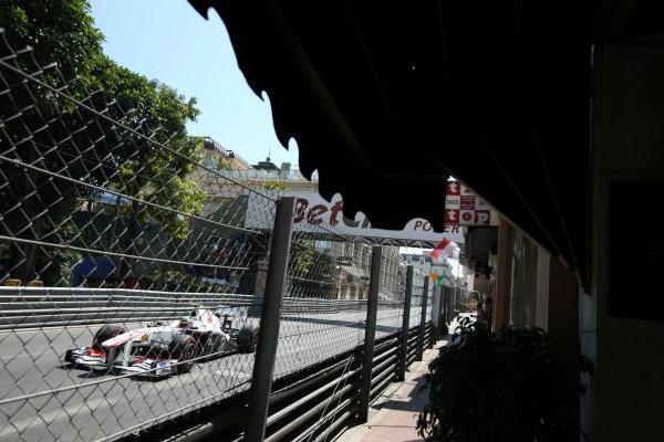Monte Carlo, Monaco26th May 2011Sergio Perez, Sauber C30 Ferrari. Action. World Copyright: Andy Hone/LAT Photographicref: Digital Image CSD_3518