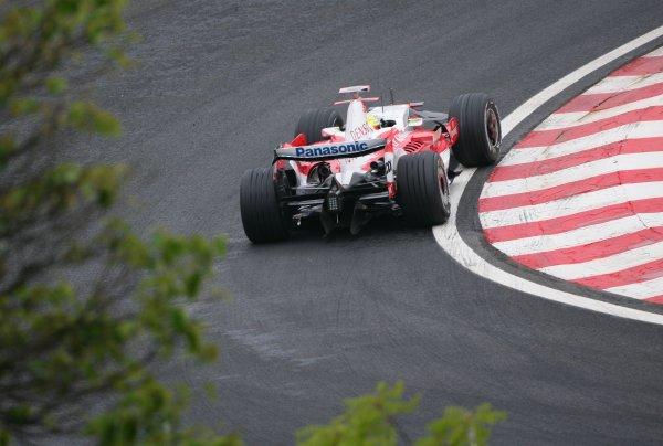 2007 Brazilian Grand Prix - Friday Practice Interlagos, Sao Paulo, Brazil 19th October 2007. Ralf Schumacher, Toyota TF107. Action.  World Copyright: Steve Etherington/LAT Photographic ref: Digital Image WI2T8175