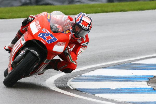 2007 MotoGP. British Grand Prix.  Donington Park, England. 22nd-24th June 2007.  Casey Stoner, Ducati.  Ref: IMG_6200a. World Copyright: LAT Photographic