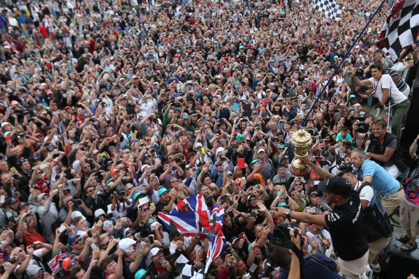 Silverstone Circuit, Northamptonshire, England. Sunday 5th July 2015 Lewis Hamilton, Mercedes AMG World Copyright: Jakob Ebrey/LAT Photographic