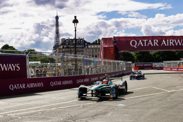 2016/2017 FIA Formula E Championship. Qatar Airways Paris ePrix, France. Saturday 20 May 2017. Mitch Evans (NZL), Jaguar Racing, Spark-Jaguar, Jaguar I-Type 1. Photo: Steven Tee/LAT/FIA Formula E ref: Digital Image _R3I4549
