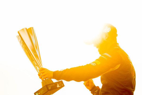 Race winner Sam Bird (GBR), Envision Virgin Racing celebrates on the podium