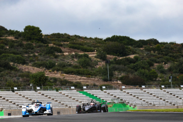 Antonio Felix da Costa (PRT), BMW I Andretti Motorsports, BMW iFE.18 leads Jose Maria Lopez (ARG), GEOX Dragon Racing, Penske EV-3