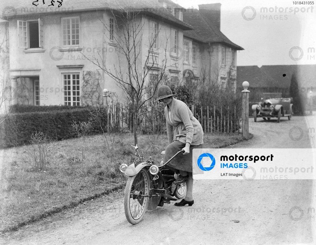 Automotive 1922