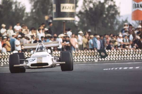 1970 Mexican Grand Prix.Mexico City, Mexico.23-25 October 1970.Pedro Rodriguez (BRM P153) 6th position.Ref-70 MEX 27.World Copyright - LAT Photographic