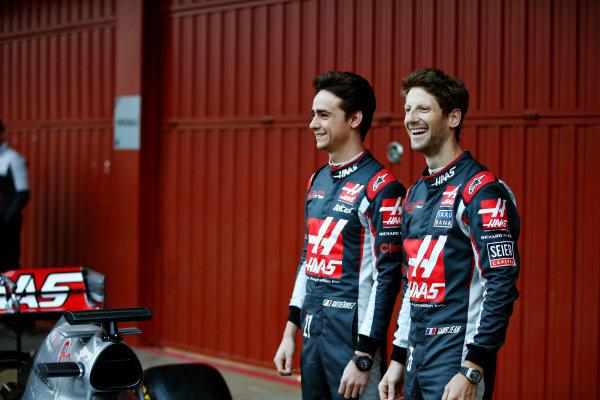Circuit de Catalunya, Barcelona, Spain Monday 22 February 2016. Romain Grosjean, Haas F1, and Esteban Gutierrez, Haas F1, unveil the Haas VF-16 Ferrari. World Copyright: Glenn Dunbar/LAT Photographic ref: Digital Image _W2Q0356