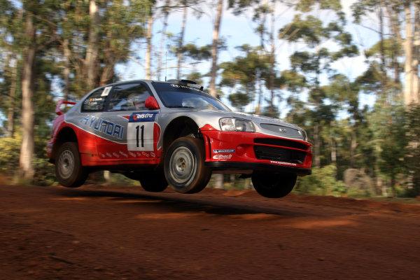 2003 FIA World Rally Champs. Round Ten Telstra Rally Australia 4th-7th September 2003.Freddy Loix, Hyundai, Action. World Copyright: McKlein/LAT
