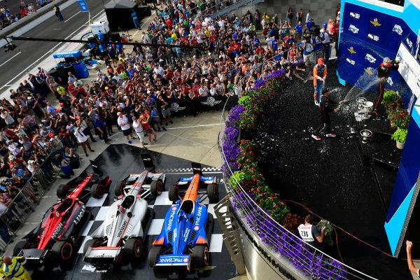 Scott Dixon, Chip Ganassi Racing Honda,Robert Wickens, Schmidt Peterson Motorsports Honda, Will Power, Team Penske Chevrolet celebrate in Victory Lane