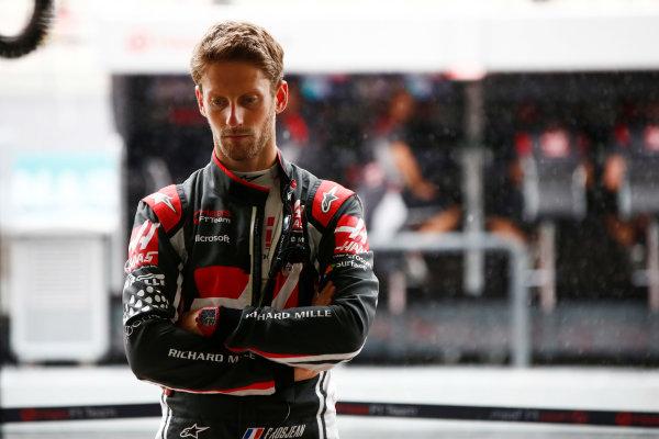 Sepang International Circuit, Sepang, Malaysia. Friday 29 September 2017. Romain Grosjean, Haas F1.  World Copyright: Andy Hone/LAT Images  ref: Digital Image _ONY1219